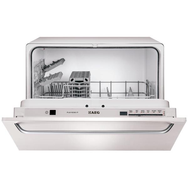 Встраиваемая компактная посудомоечная машина AEG F55200VI0