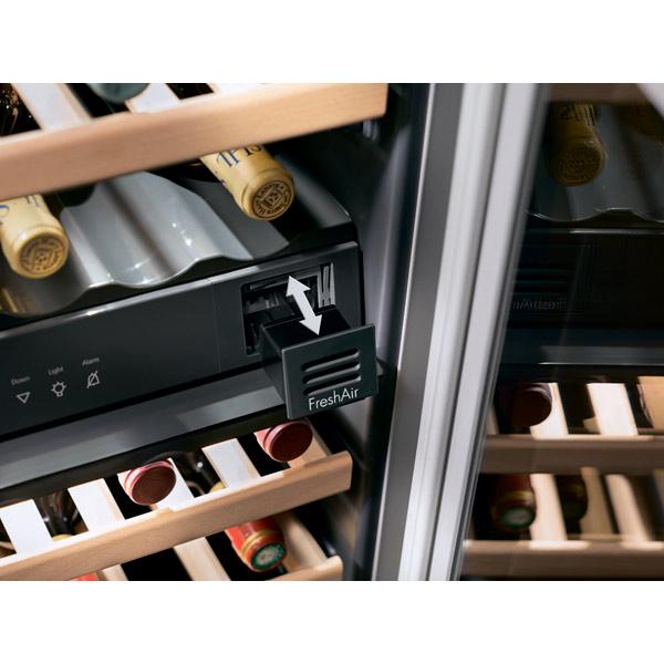 Встраиваемый винный шкаф Liebherr UWTes 1672-20
